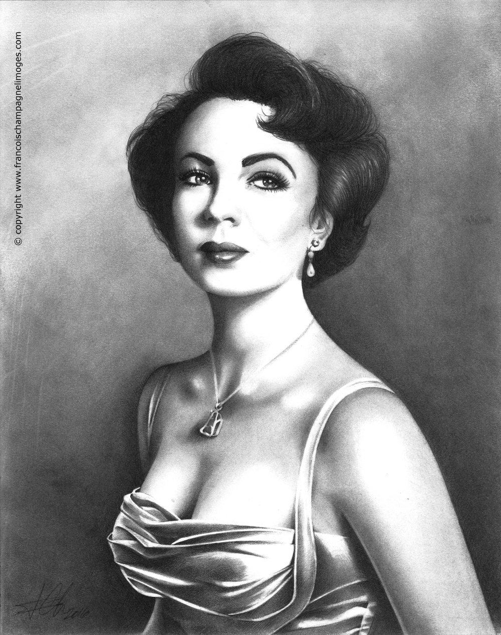 Elizabeth_Taylor_New_Scan_600dpi_DARKER_w_copyright